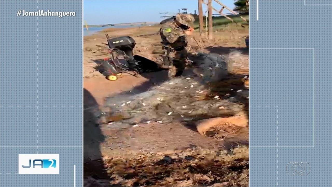 PM apreende 3 mil metros de rede de pesca predatória em rios goianos