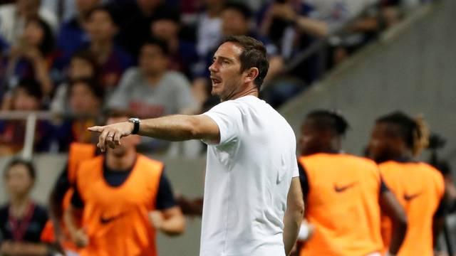 Frank Lampard comanda Chelsea diante do Barça