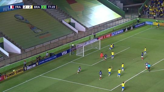 """Talles Magno vibra com classificação mas lamenta ausência: """"Só queria estar numa final de Copa do Mundo"""""""