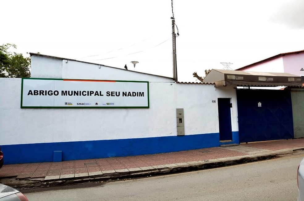 Espaços oferecem alojamentos, banho, comida e, alguns, cursos — Foto: Divulgação/Prefeitura de Volta Redonda