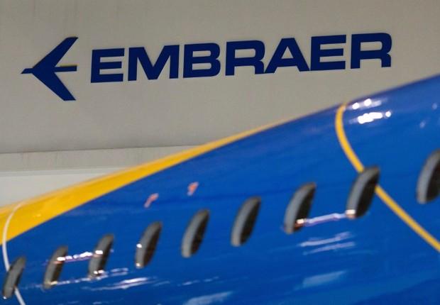 Logo da fabricante brasileira de aviões Embraer em São José dos Campos, no Brasil (Foto: Roosevelt Cassio/Reuters)