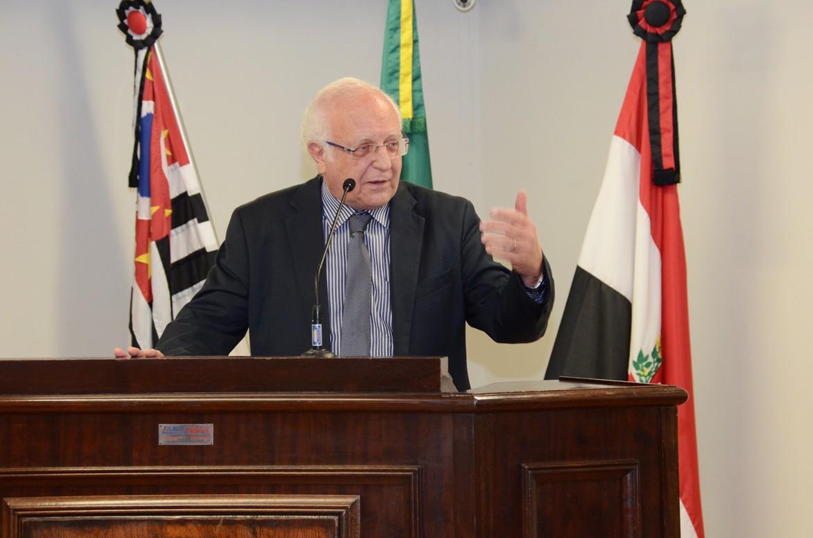 Após deixar o PSD durante a janela partidária, vereador Ênio Perrone filia-se ao DEM