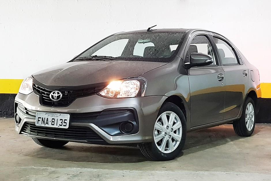 Toyota Etios Sedã X Plus automático (Foto: Ulisses Cavalcante)