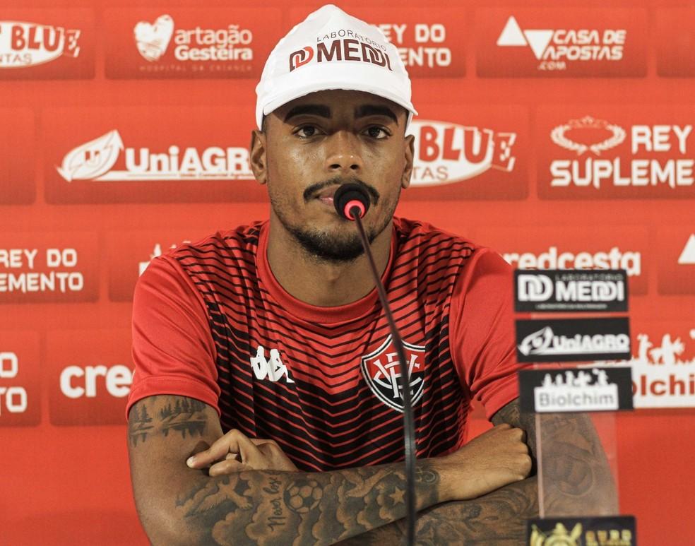 Mateusinho deve ser titular na partida contra a Ponte Preta — Foto: Letícia Martins/Divulgação/EC Vitória