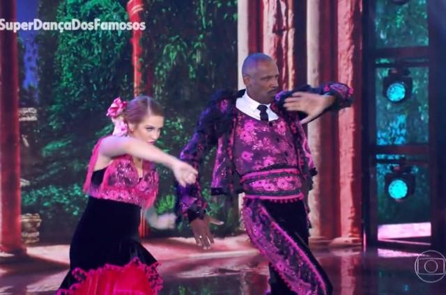 Robson Caetano na semifinal da 'Superdança dos famosos' (Foto: Reprodução)