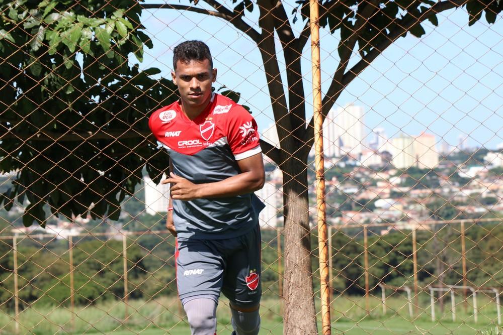 Mateus Anderson deve ser o 12º atleta no ataque do Botafogo-SP