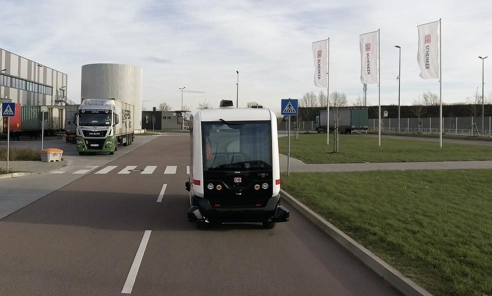 Ônibus autônomo rodando na Alemanha (Foto: Divulgação)