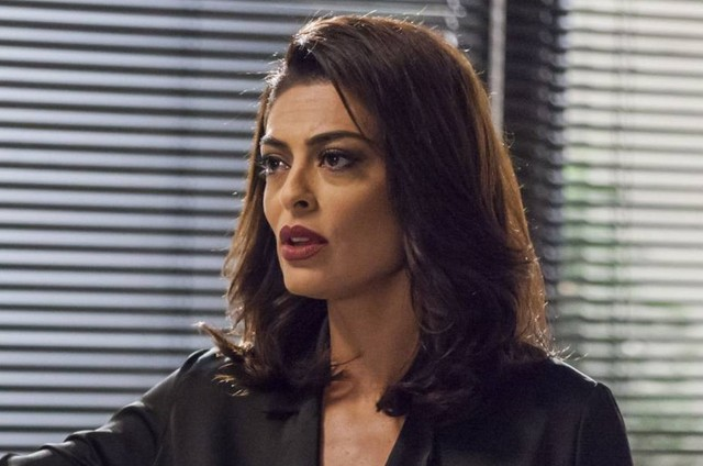 Juliana Paes, a Carolina de 'Totalmente demais' (Foto: Globo)
