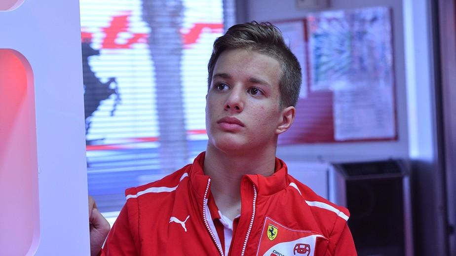 Mais um brasileiro na academia da Ferrari