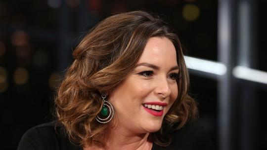 Regiane Alves comenta relação com Regina Duarte: 'Não consigo olhar como a minha sogra'