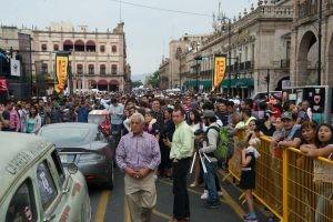 Confraternização na chegada da Carrera Panamericana (Foto: Divulgação/La Carrera Panamericana)