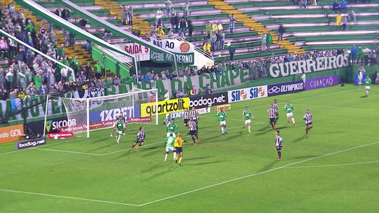 Chapecoense 1 x 2 Atlético- MG: assista aos melhores momentos