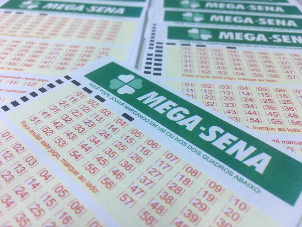 Mega-Sena pode pagar R$ 5,5 milhões nesta quarta (6) (Foto: Stephanie Fonseca/G1)
