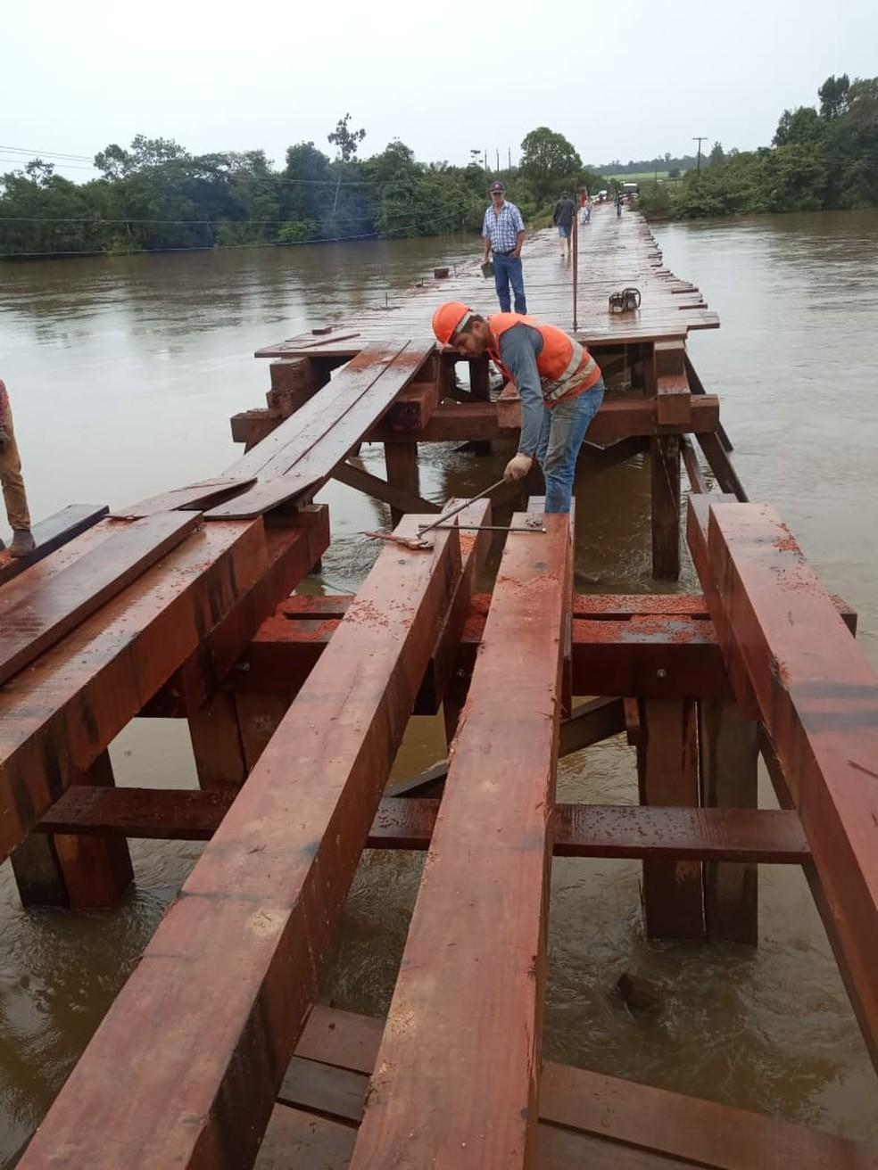 Ponte sobre o Rio Aripuanã está interditada há 60 dias e passa por reformas — Foto: Divulgação