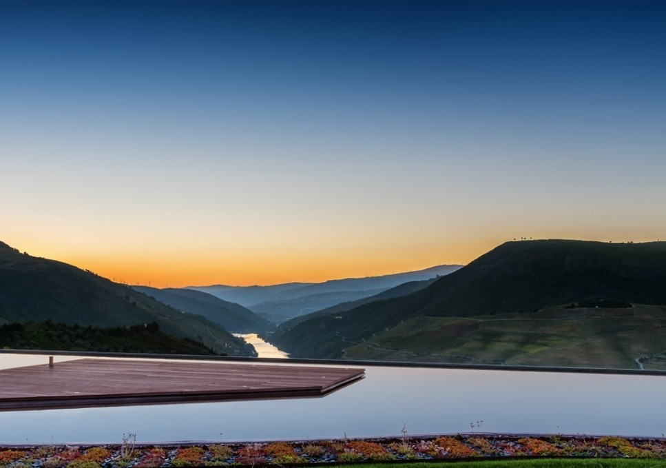 Panorama do Vale do Douro a partir da Quinta Maria Izabel