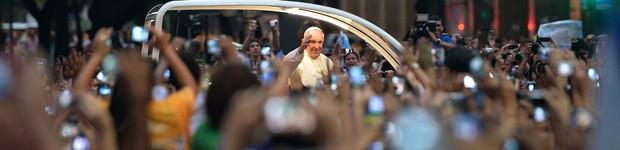 AO VIVO: 'Cristo bota fé nos jovens', diz Papa em discurso ao chegar ao Rio (Gabriel Bouys/AFP)