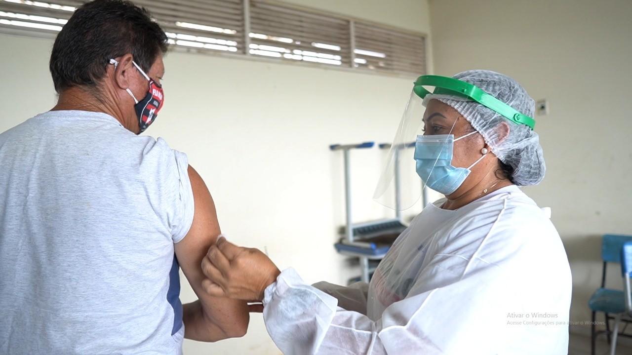 Bonfim, RR, amplia vacinação contra Covid para pessoas a partir de 18 anos sem comorbidades