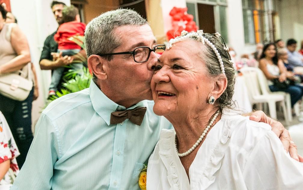 Idosos se casam em casa de repouso no Rio (Foto: Dantas Jr.)
