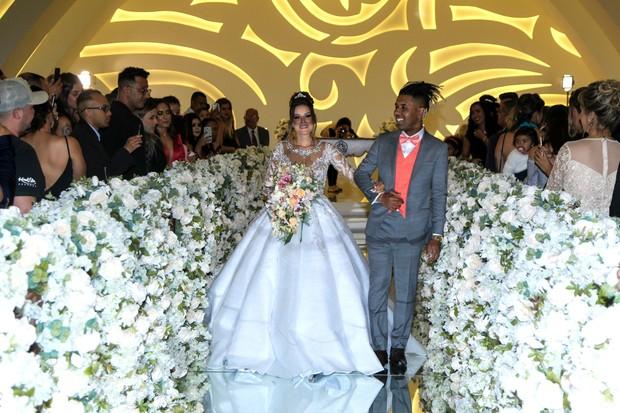 MC MM e Julie Ane Soares se casam (Foto: Marcello Sá Barreto/Brazil News)
