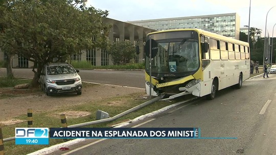 Acidente na Esplanada dos Ministérios deixa seis pessoas feridas