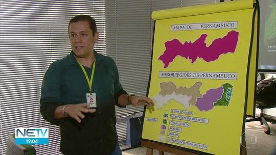 Professor cria mapas com textura para ensinar geografia a estudantes cegos em Pernambuco