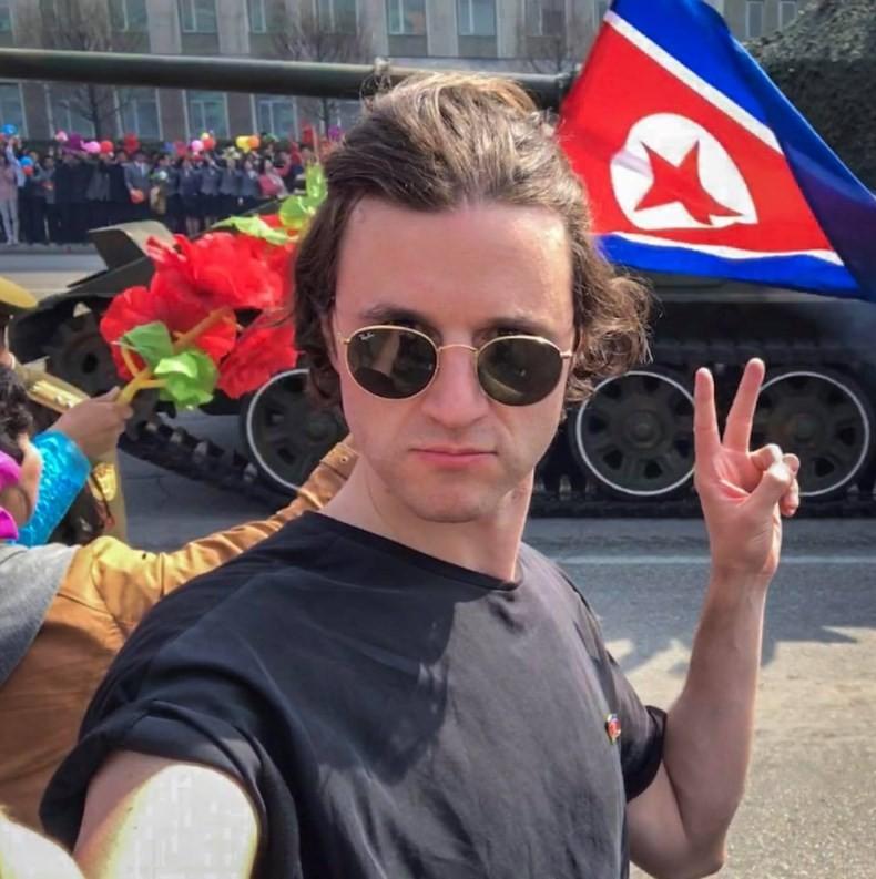 Turista britânico insulta militares norte-coreanos em Pyongyang