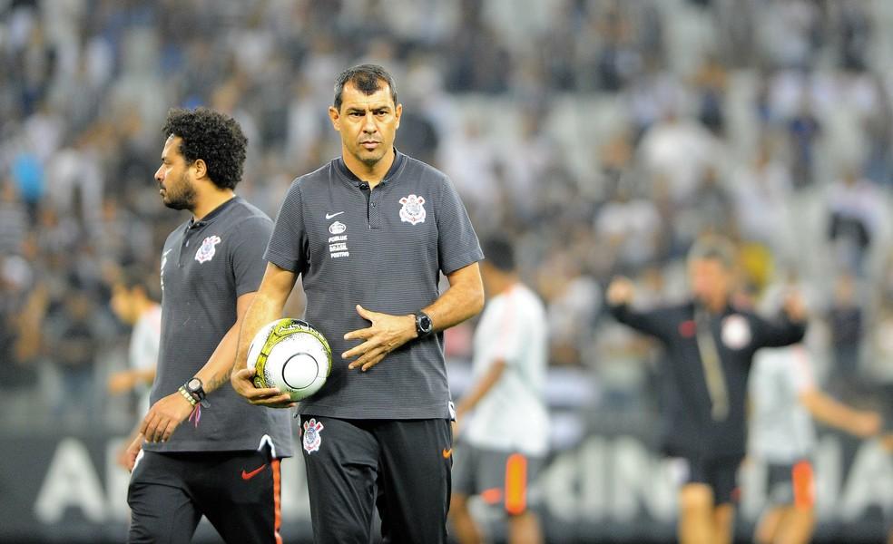 Fábio Carille segue com futuro indefinido no Corinthians (Foto: Marcos Ribolli)