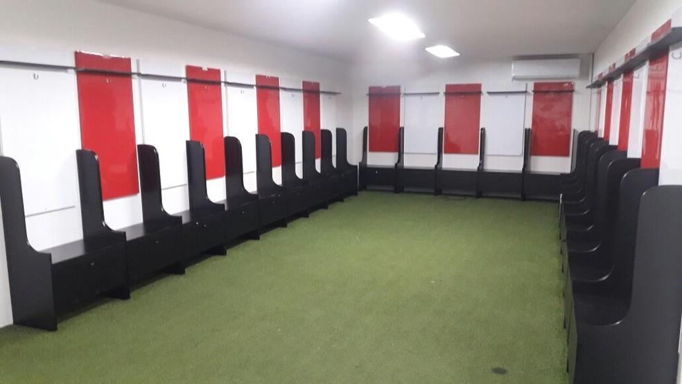 Este será o vestiário utilizado pelo Flamengo (Foto: Bruno Giufrida)
