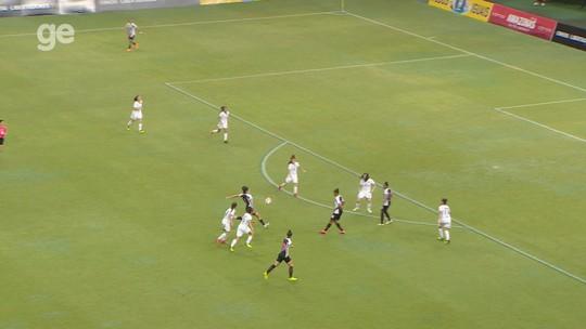 Brena vibra com vitória do Santos diante do Colo-Colo e golaço na Libertadores; veja lance