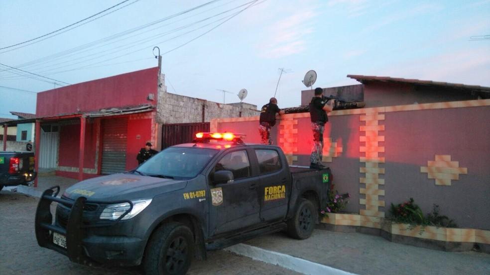 Operação Limpidare foi realizada pela Força Nacional, com apoio da Polícia Civil e Ministério Público nesta terça-feira (17), em Ceará-Mirim (Foto: MP/Divulgação)