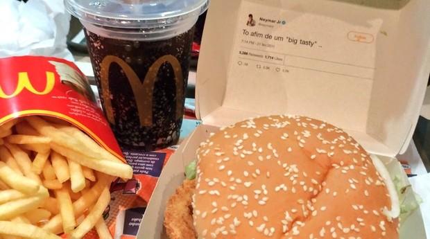 McDonald's imprimiu tweet do Neymar em caixas de novos lanches  (Foto: Reprodução/Twitter)