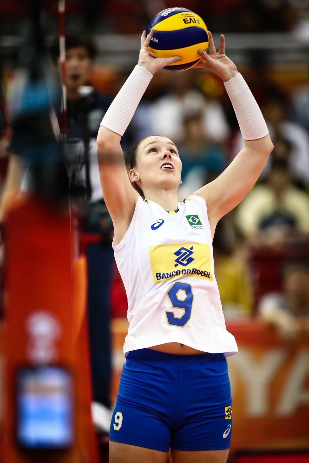 Roberta tem tido mais chances no Mundial — Foto: Divulgação/FIVB