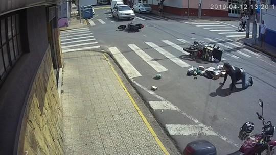 Câmeras registram acidentes no centro de Boituva