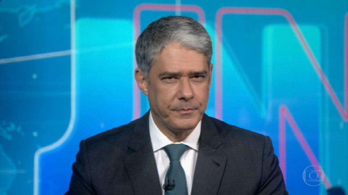 Abin nega ter feito relatório para orientar defesa do senador Flávio Bolsonaro