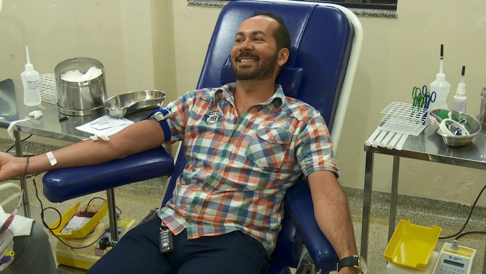 Silvério Gomes da Silva, mora em outra cidade, mas foi até Ariquemes para doar sangue  — Foto: Reprodução/ Rede Amazônica