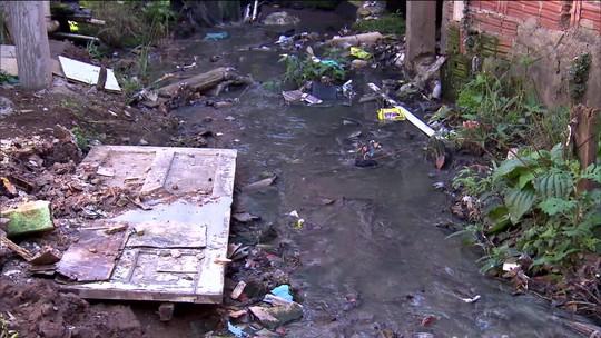 Mônica Waldvogel: 60% das obras que não andam no Brasil são de saneamento
