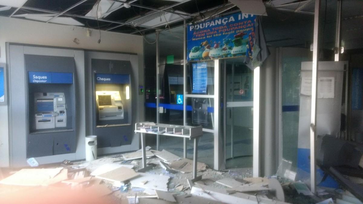 Ladrões explodem caixas de banco, entram em hospital durante a fuga e fazem funcionários reféns em MT