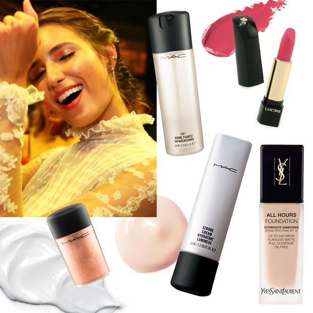 Juliana Carvalho e os produtos usados para seu make glowy (Foto: Reprodução)
