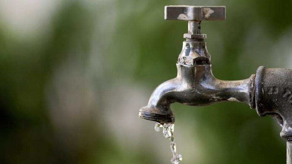 Abastecimento de água será interrompido por três horas em bairros de São  Vicente, SP | Santos e Região | G1