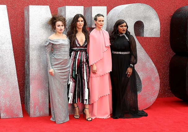 O elenco de Oito Mulheres e um Segredo na pré-estreia do filme em Londres (Foto: Getty Images)