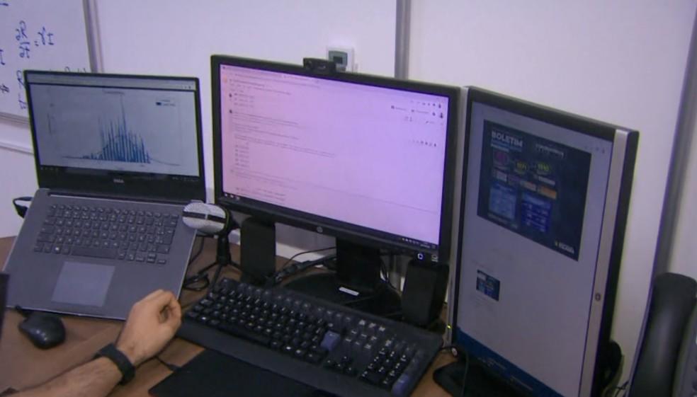 Professores e universitários criam sistema que monitora avanço da Covid-19 em Itajubá (MG) — Foto: Reprodução/EPTV