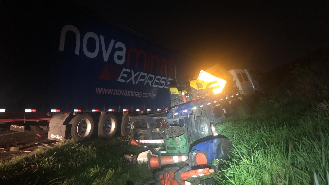 Acidente entre dois caminhões na Rodovia dos Bandeirantes deixa dois feridos em Campinas