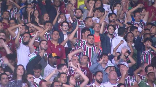 Salários atrasados e vaias da torcida fazem jogadores do Fluminense quebrarem silêncio