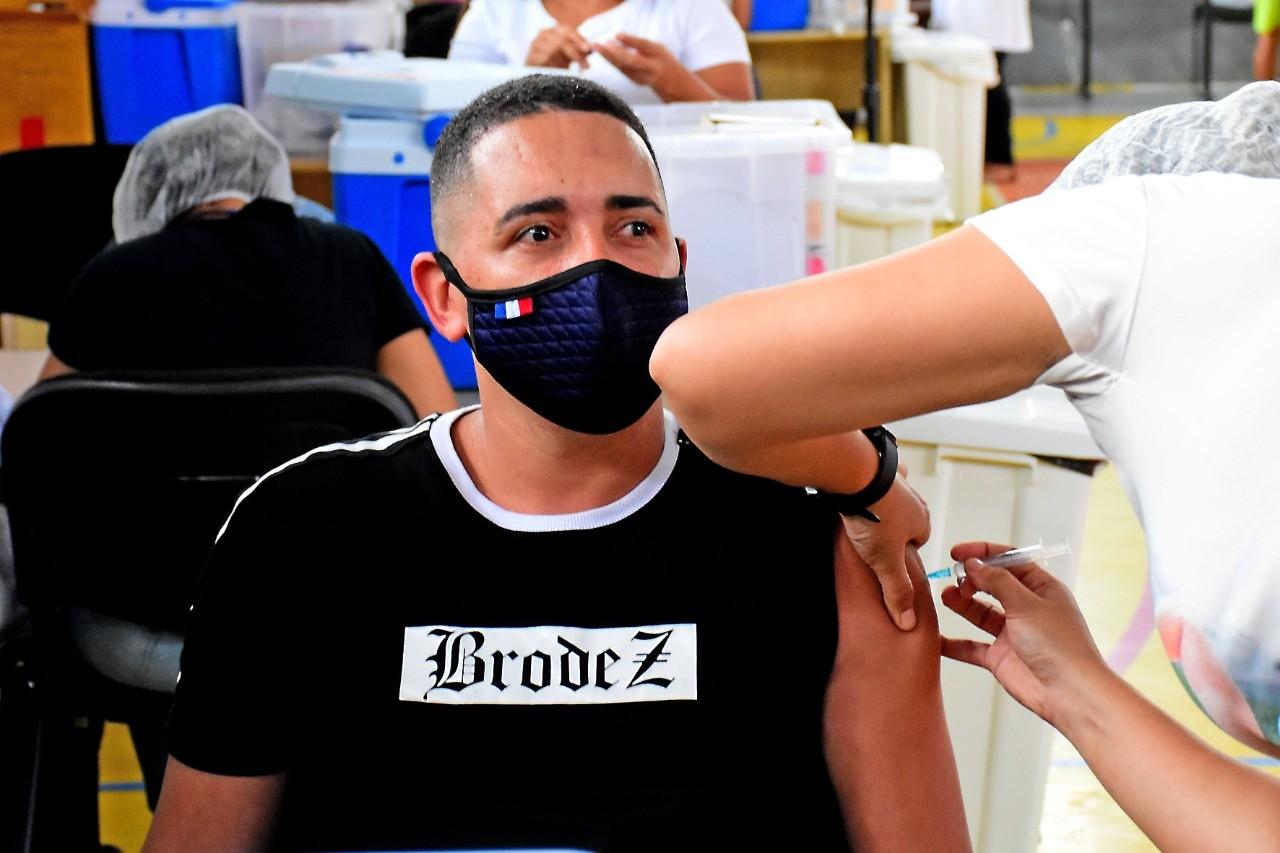 São Luís se torna a primeira capital a vacinar pessoas a partir de 18 anos sem comorbidades contra a Covid-19
