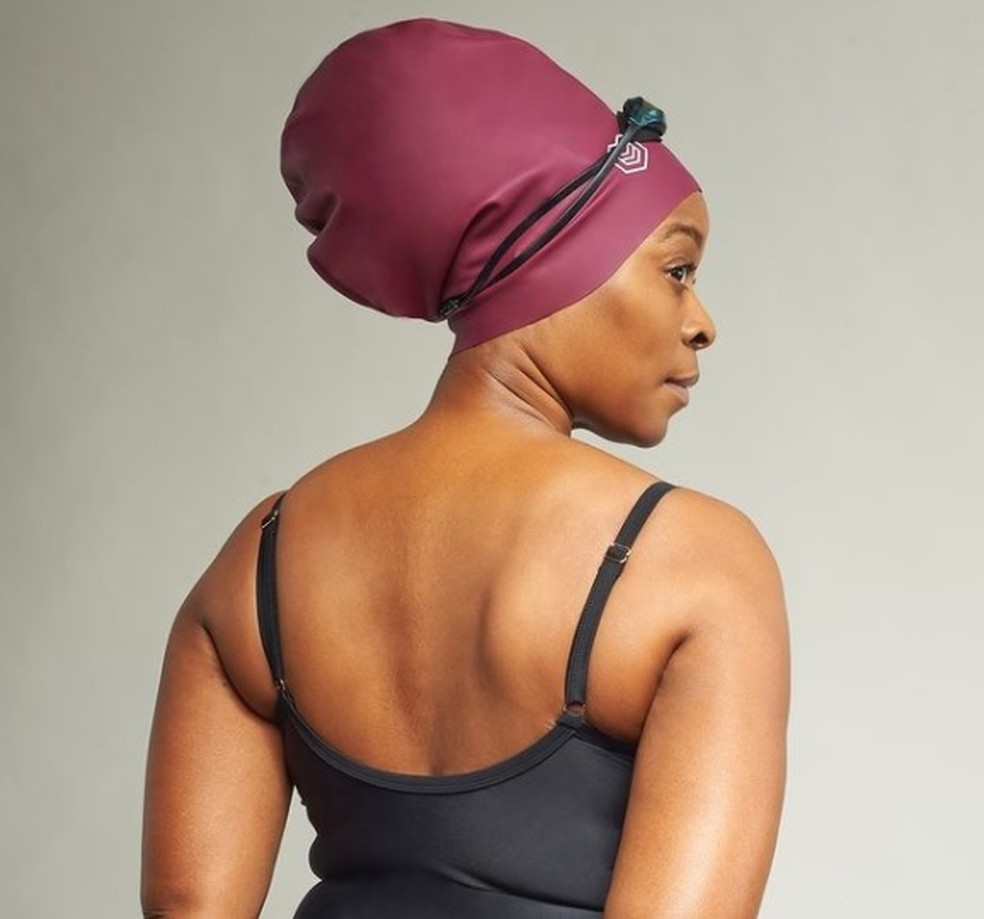 Touca destinada a cabelos crespos foi proibida pela Fina — Foto: Reprodução/Soul Cap