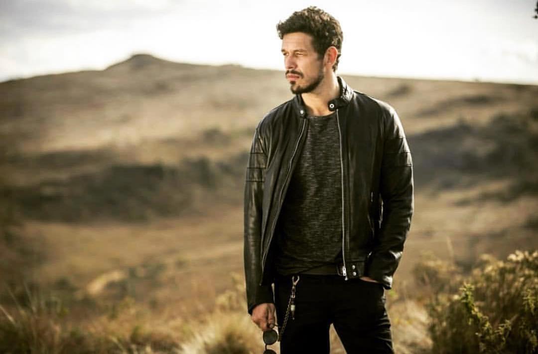João Vicente estreia nesta terça-feira como protagonista de Espelho da Vida (Foto: Reprodução Instagram)