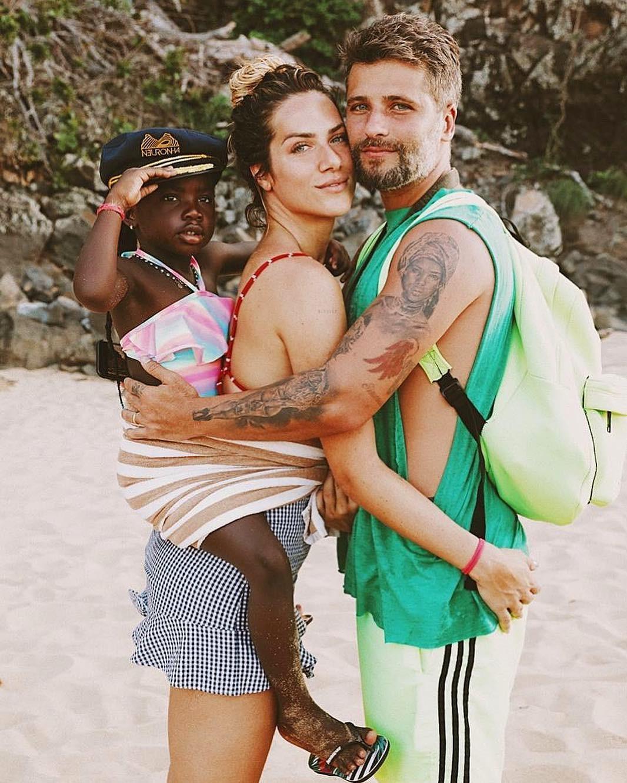 Giovanna Ewbank, Bruno Galiasso e Titi (Foto: Reprodução/Instagram)