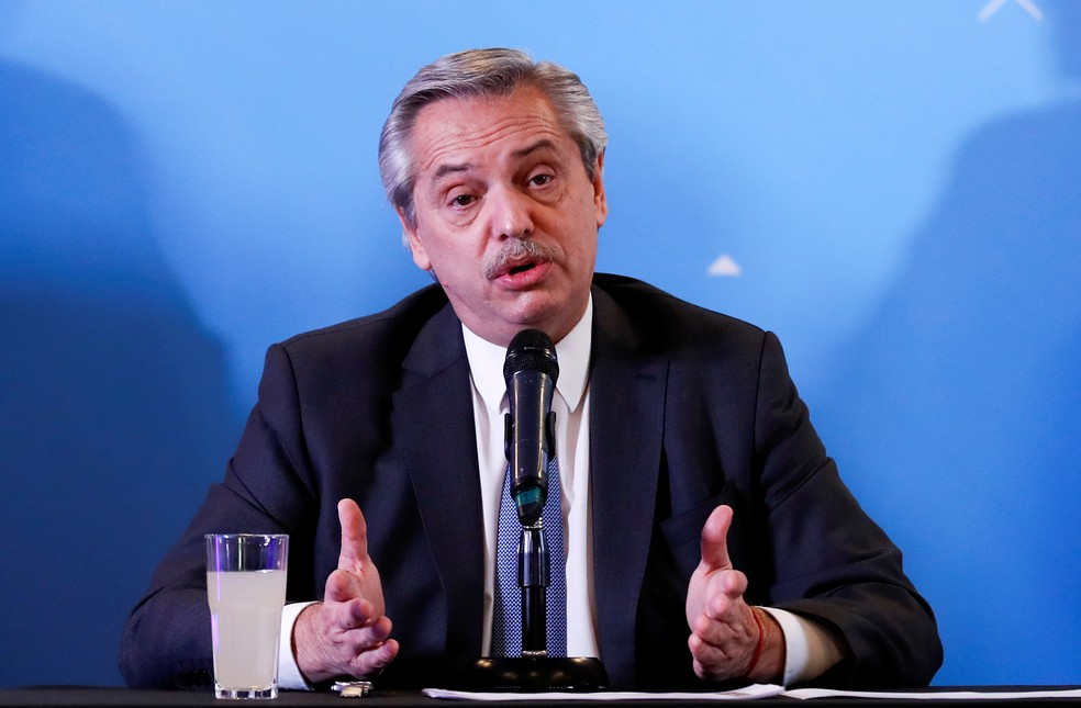Alberto Fernández durante anúncio de seu gabinete, em 6 de dezembro de 2019 — Foto: Agustin Marcarian/Reuters