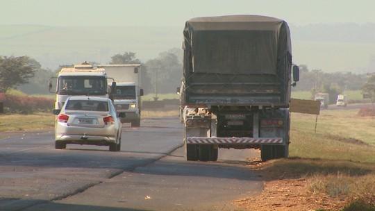 Rota de fuga de pedágios em SP, Rodovia Cunha Bueno é alvo de quadrilhas de roubos de cargas