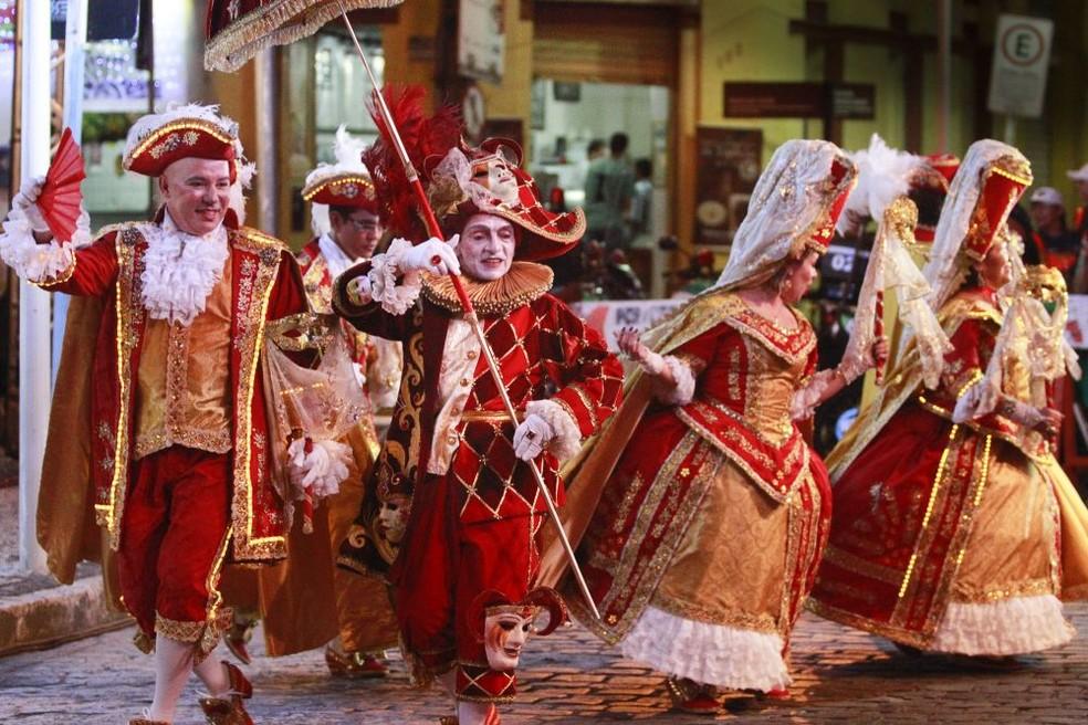 O Bonde - Bloco Carnavalesco Lírico participa da cantata natalina no Instituto Ricardo Brennand nos dias 21 e 22 de dezembro (Foto: Cid Cavalcanti/Divulgação)